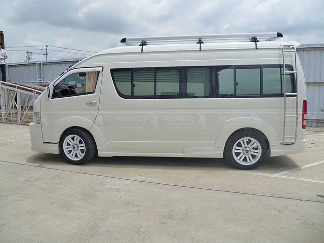 Inside Toyota Hiace 2009 Pictures To Pin On Pinterest